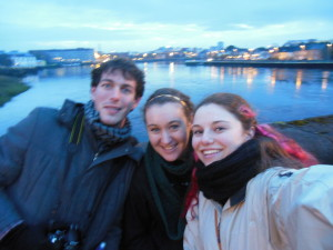 To get some people in this post, Carlos, Brit and I when we wandered Limerick at night.
