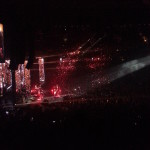 The encore of the show, complete with confetti raining down. Amazing show!