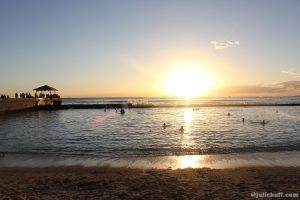 The sun goes down so fast in Waikiki, but it always beautiful. And sometimes you get amazing shots like this.